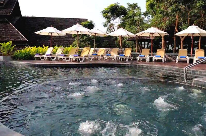 nora-buri-resort-spa-pool3