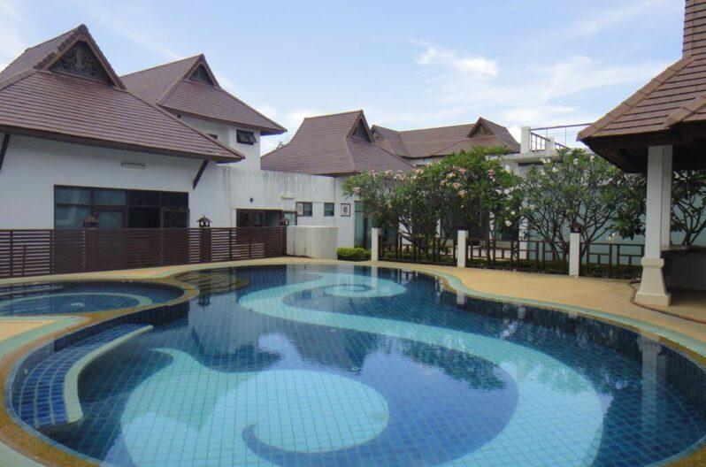 samui-home-and-resort-pool1